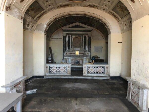 Chiesa-Santa-Maria-luce prima-restauro-Napoli-3