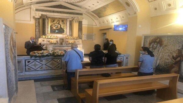 Accoglienza-urne-cinerarie-luoghi-memoria-Napoli-chiesa-santa-maria-luce (1)